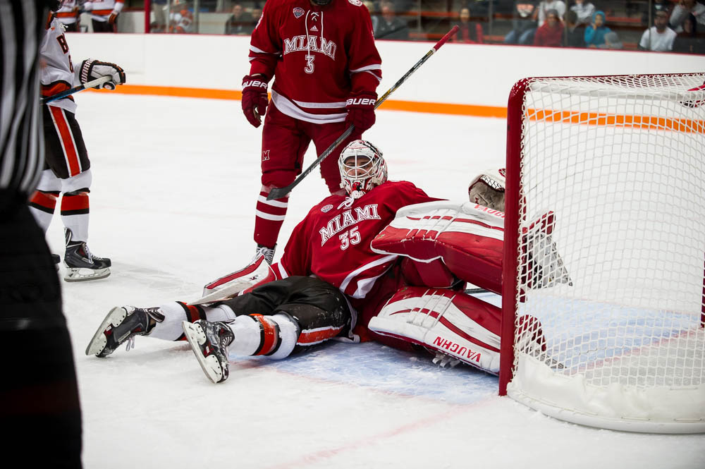 Falcons to start WCHA play, other BG notes
