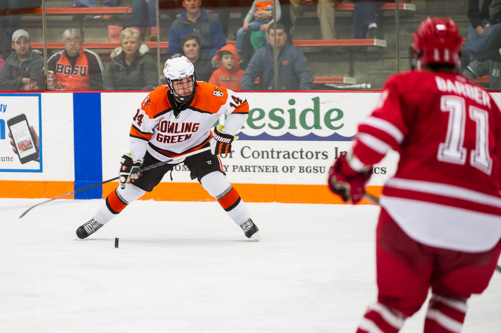 Falcons' Friedman adjusting to college hockey