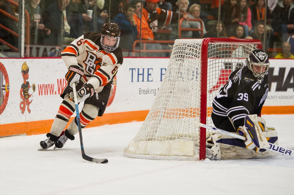 Falcons net four in 4-1 defeat of Beavers