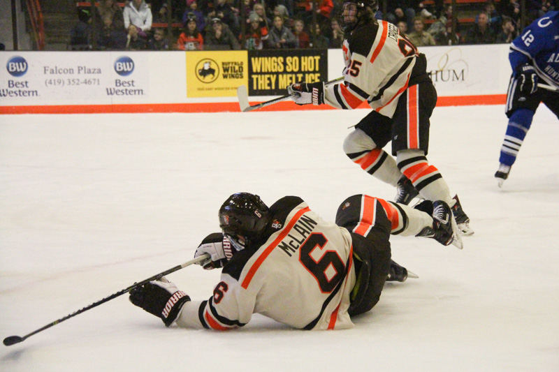 Wildcats thwart #14 Falcons in OT, 3-2